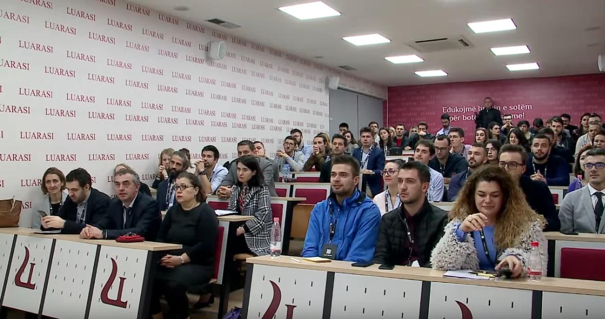 """Screenshot_2019-11-11 """"Selection Bootcamp"""", aktiviteti inovativ në Universitetitn """"Luarasi"""" nga Uplift Albania - YouTube(2)"""